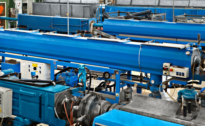 Lareter Spa - Linee di estrusione Tubi in PVC